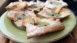 Matcha-Heidelbeer-Cheesecakes