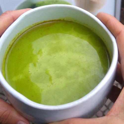 Veganer Matcha Kurkuma Latte